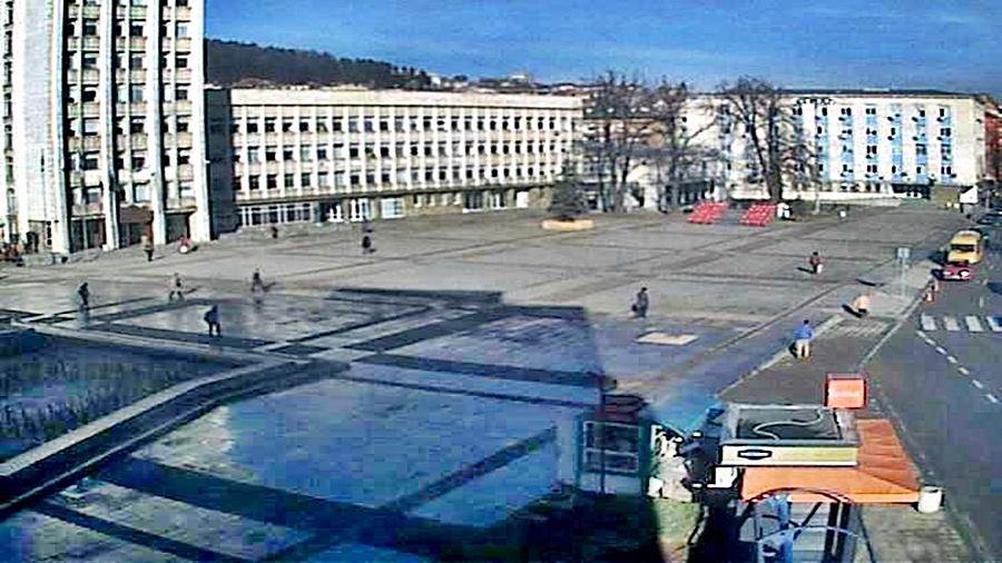 Централен площад 'Възраждане' - Габрово (камера)