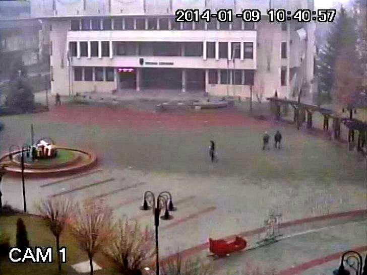 Севлиево (08.януари.2014 г.) времето уеб камера Център Община площад 'Свобода' Free-WebCamBG