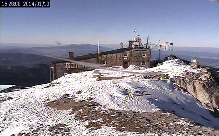 Връх 'Мусала' (13.януари.2014 г.) времето уеб камера от метеостанция в Рила планина Free-WebCamBG