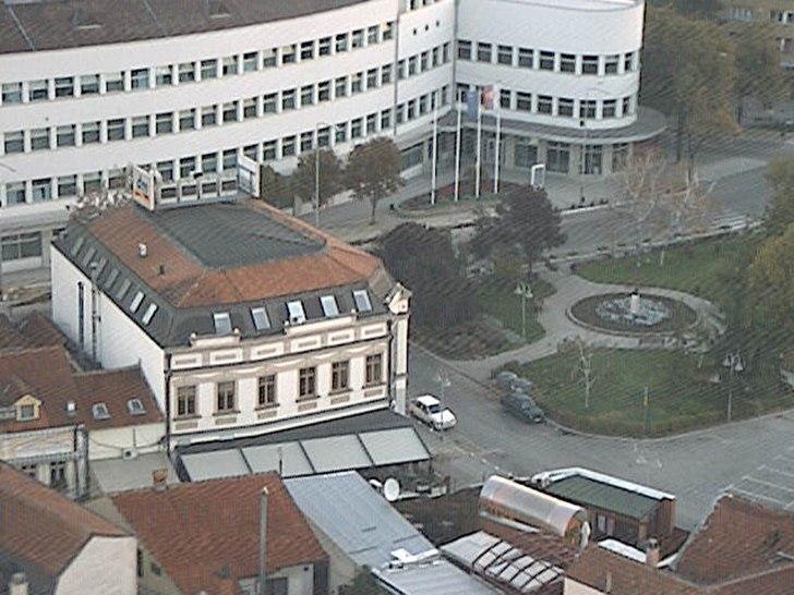 Ниш времето уеб камера център площад 'Република' улици Free-WebCamBG